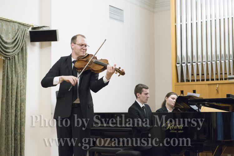 World of Viola Music by Pavel Romanenko. Photo by Svetlana Moursy.